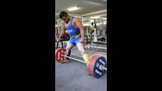 Хосэ Кастилло - тяга 315 кг