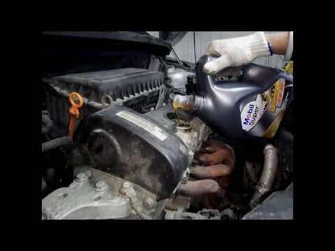 Правильная замена масла в двигателе с откачкой отработки на примере Skoda Fabia NEW 1.4