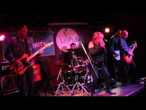 Brix Smith & The Extracated -