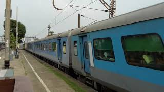 New Jolpaiguri Howrah Satabdi Express at Gangpur Station Indian Super Heroes Train