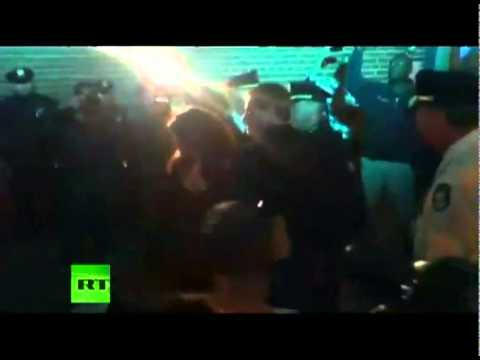 Video of activist Naomi Wolf arrested at Occupy Wall Street