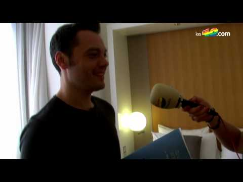 Tiziano Ferro's hotel room, journals and house keys