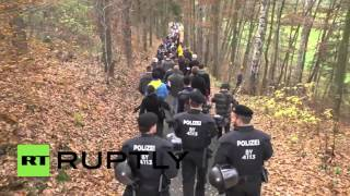 Germany: PEGIDA make human-wall to
