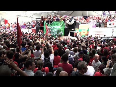 Dilma Rousseff joins pro-Lula womens' march