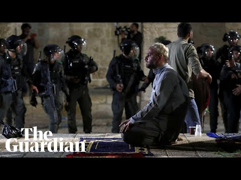 Israeli police attack Palestinians at al-Aqsa mosque in eviction protests