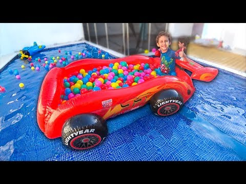 KIDS FUNNY in BALL PIT CARS Lightning McQueen inside in the POOL