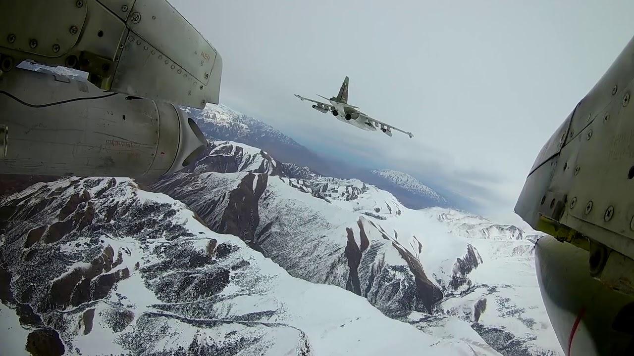 Летно-тактическое учение в Киргизии экипажей штурмовиков Су-25СМ российской авиабазы Кант