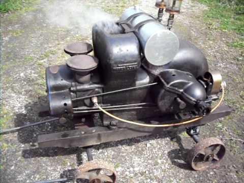 Edwards Motor Co. Antique Gas Engine