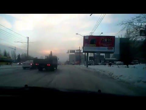 ДТП 21 12 15 Барнаул,  у сити центра