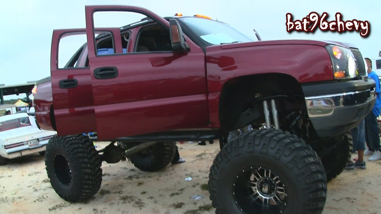 "Chevrolet Avalanche w/ 10""-12"" Lift, MUD Grapplers, LOUD ..."