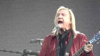 EAGLES - How long (live @ Berlin Waldbühne 2011)