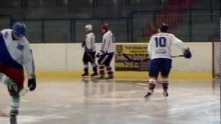 Svoboda.info - Fotbalisti na ledě