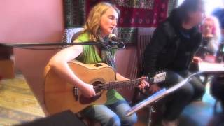 Maria Saarikivi - Kiitoslaulu