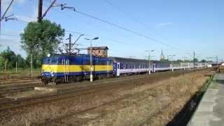 """RMF FM ciągnie 14 wagonów  z wakacyjnym TLK """"Bryza""""."""