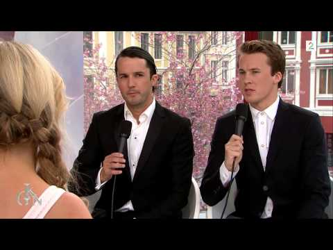 Ylvis - Gullruten 2015 God Kveld Norge Interview [English Subtitles]
