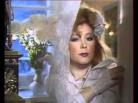 Алла пугачева-песня белые цветы