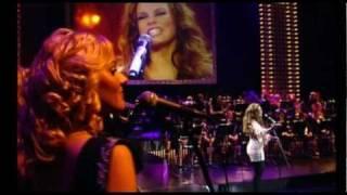 "Linda Leen ""Ir kāds"" LIVE @ Arena Riga 14.02.2011"