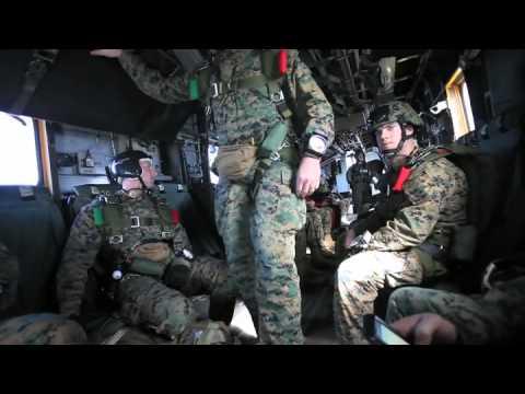 US-Marines at parachute-training.