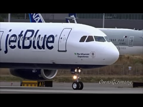 JetBlue A321 Airbus Spotting at Boeing Paine Field - KPAE