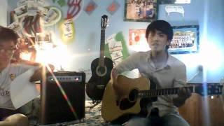 Căn Gác Trống guitar