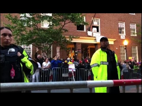Police move to evict US activists from Venezuela embassy