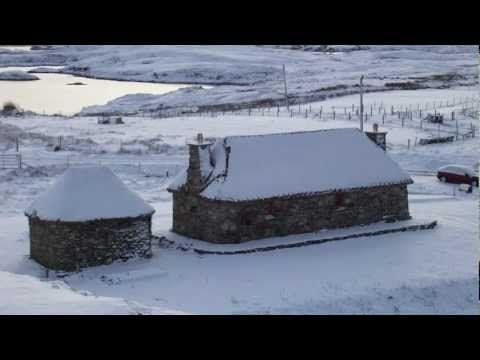 Traditional Thatched Cottage Outer Hebrides South Uist Scotland - The Shieling by the Bay