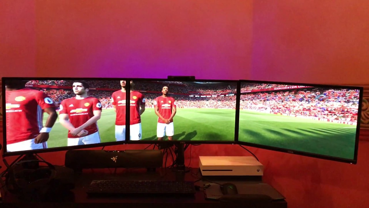 FIFA 17 played on three monitors is a beautiful game