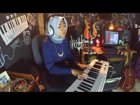 Salma Nurul - Tiga Titik Hitam (cover)