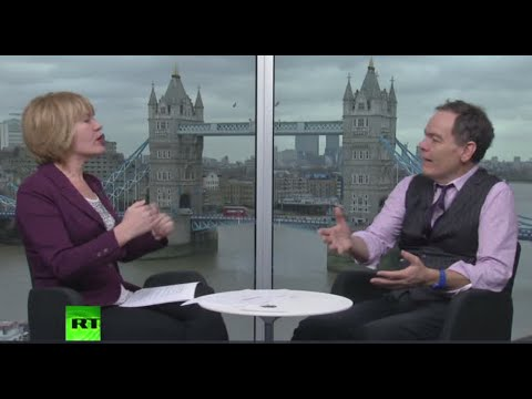Keiser Report: Modern financial system vs flying toilet (E844)