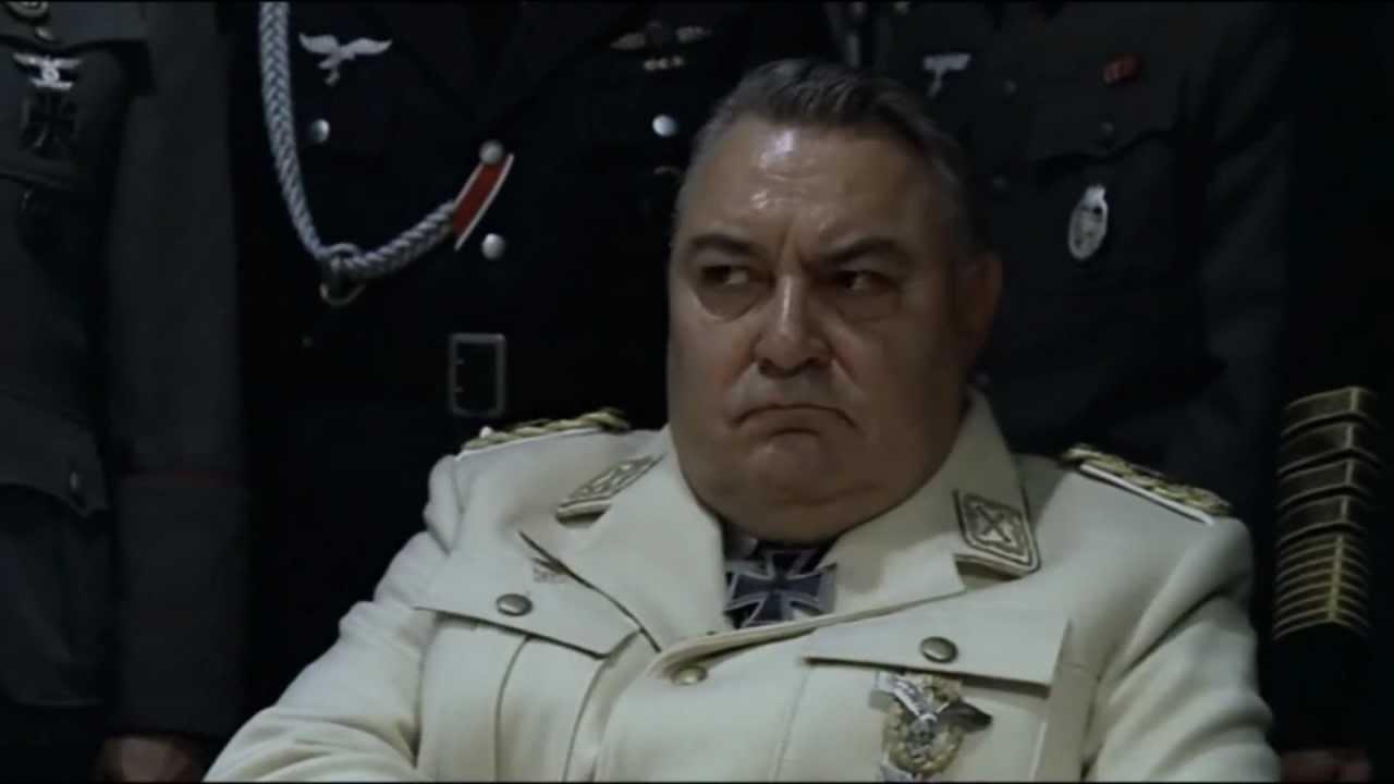 "Hitler asks Göring ""What's the time?"""