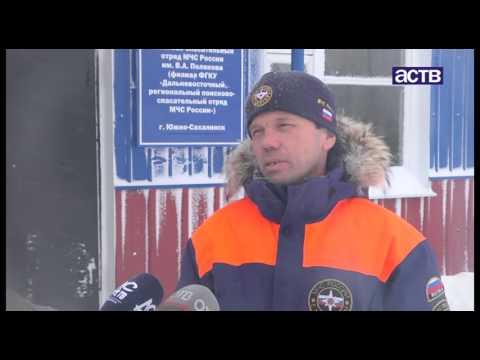 Южно-Сахалинск от снега очищали полторы сотни единиц техники