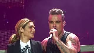 Robbie Williams Something Stupid Vienna 26 08 2017