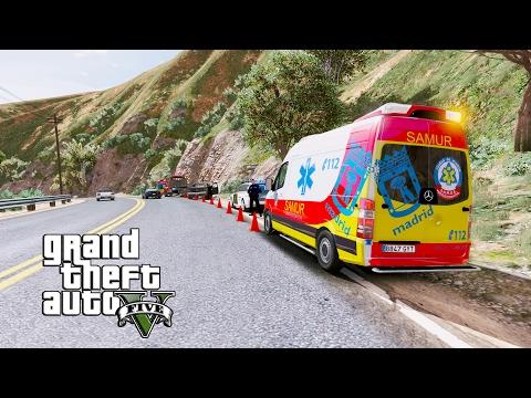 GTA 5 | Paramédic MOD | Ambulancia del SAMUR de Madrid - Accidente de un camión