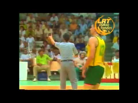 Brent Barry  - 20 years old...Linas Balaisis playing  against lithuania Zalgiris