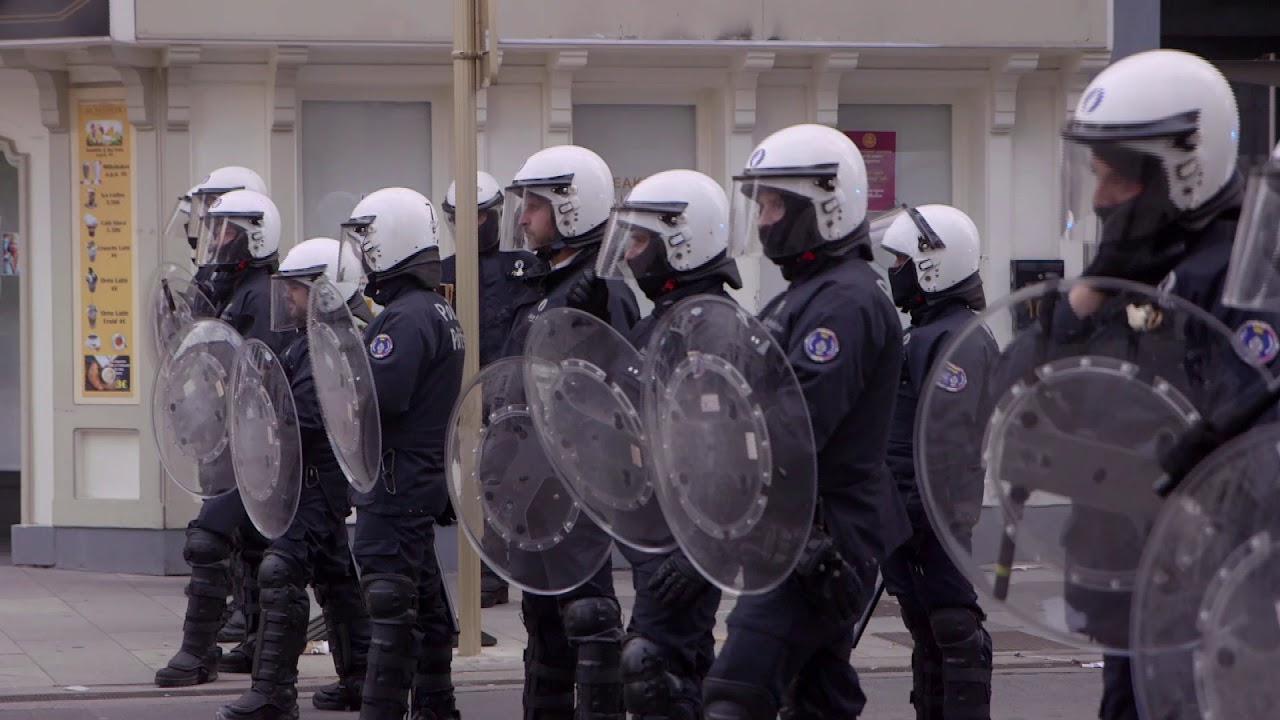 Riots and looting in Brussels after BlacklivesMatter protest meeting