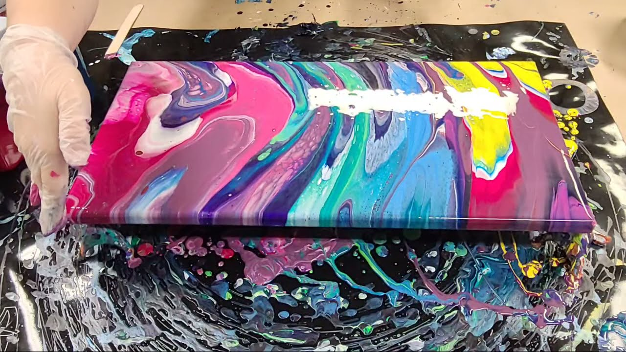 Live Acrylic Pouring With Mixed Media Girl