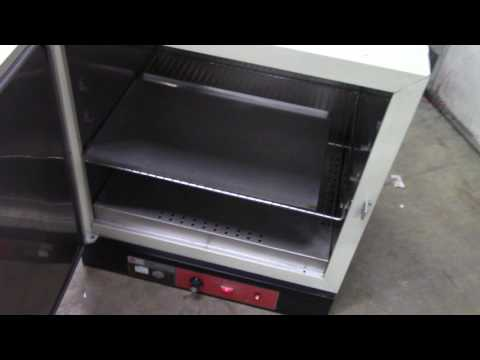 Fisher Isotemp Gravity Convection Oven Model 255G