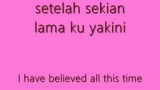 Download Lagu Terry - Kepingan Hati (lyrics).wmv