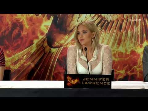 [VOSTFR] Hunger Games : La Révolte part 2 - Conférence de Presse à Berlin