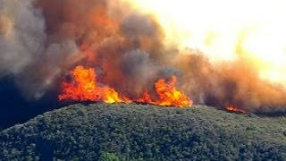 Raw: Fire Rips Through California Canyons