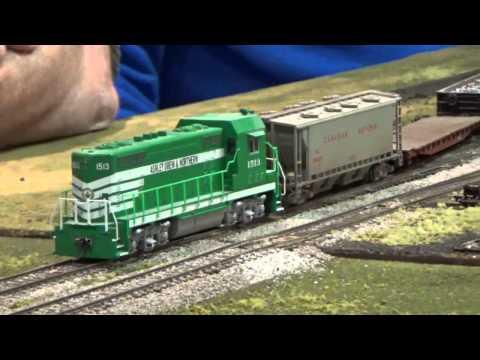 Kitchener Train Show HO O and Z Scale + Near Train Crash