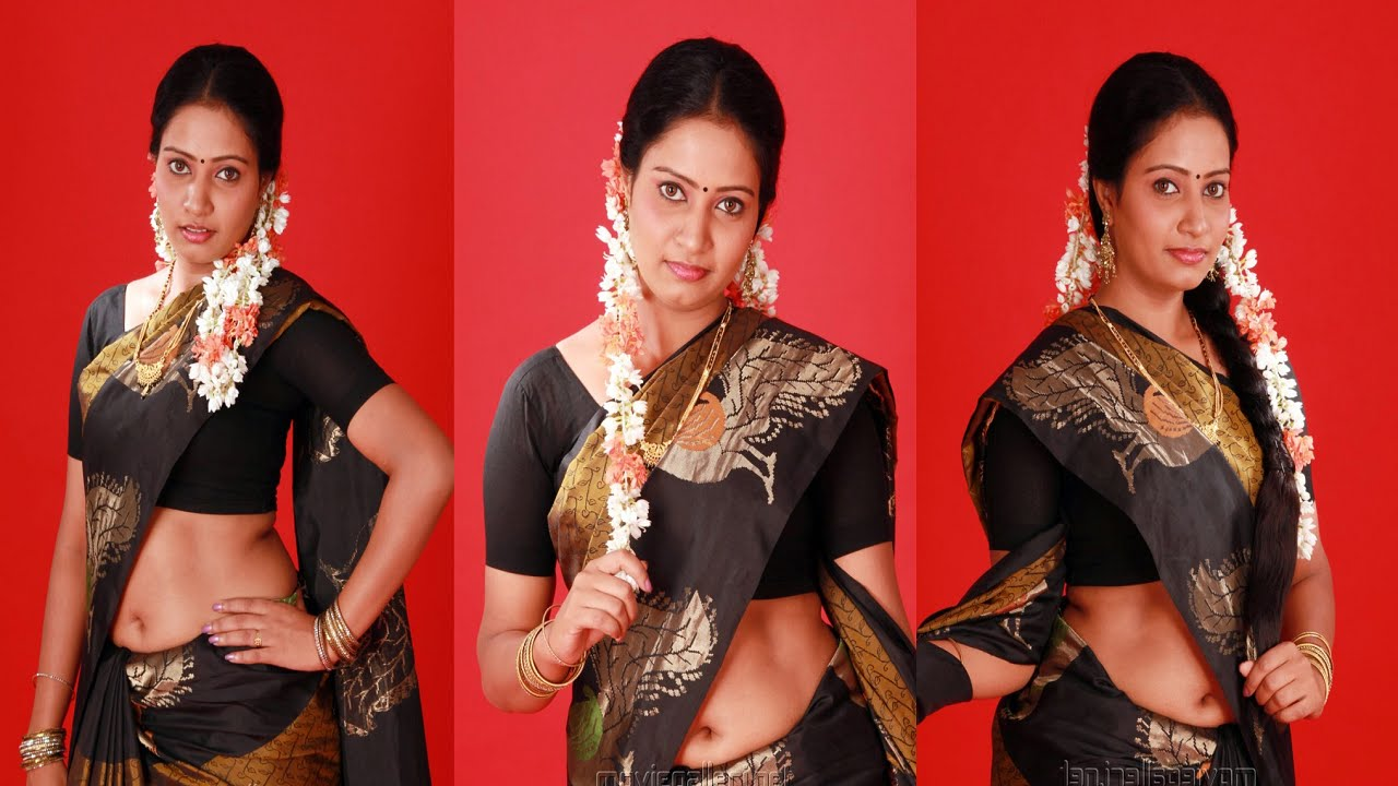 Tamil Actress Naisa Showing Her Navel to Director | Hot ...