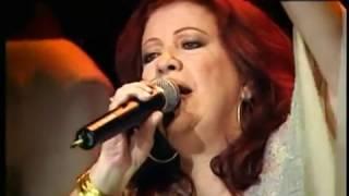 Beth Carvalho-A Madrinha do Samba  Convida DVD COMPLETO com Making Of Original de 2004