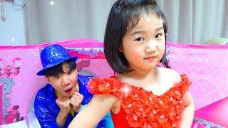 Collection d'histoires - Boram joue au salon de beauté