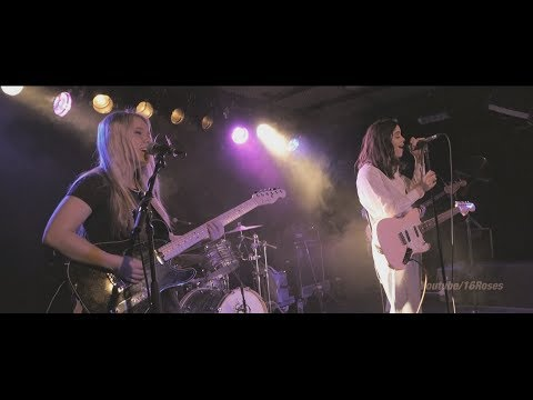 The Aces (live)