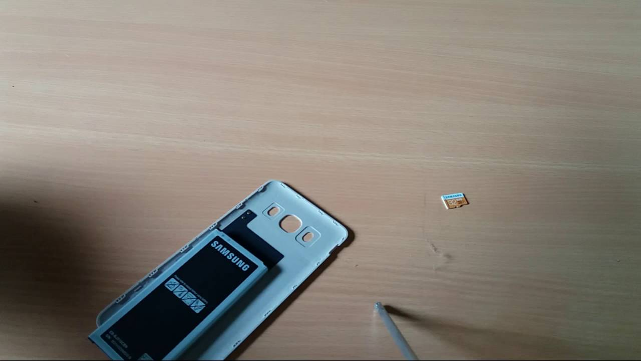Samsung Galaxy J7 2016 - How to Insert Sim and SD Card