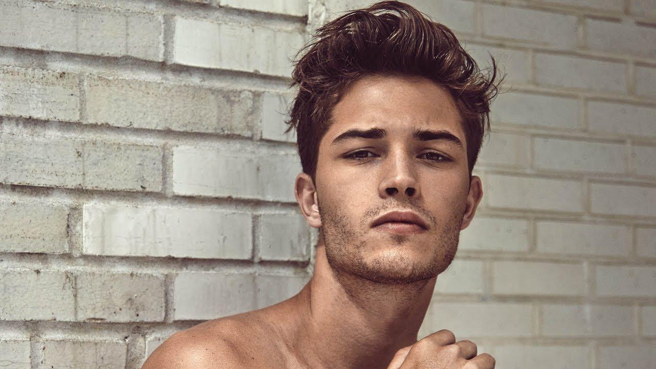 Male Model Francisco Lachowski - YouTube