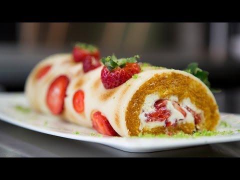 roulé-aux-fraises,-façon-fraisier