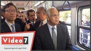 وزير النقل يتفقد تشغيل القطار المكيف رقم 20 بالخط الأول للمترو