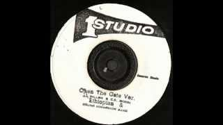The Ethiopians ( Ethiopian ) - Open The Gate extended with version - Studio 1 records